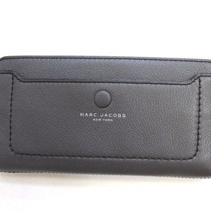 Marc Jacobs Pebbled Leather Continental Zip Wallet